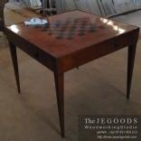 mid century chessboard table,desain meja catur jati jepara,model meja catur unik kreatif,mebel meja untuk catur,jual mebel cafe bistro restoran,furniture tempat nongkrong main catur